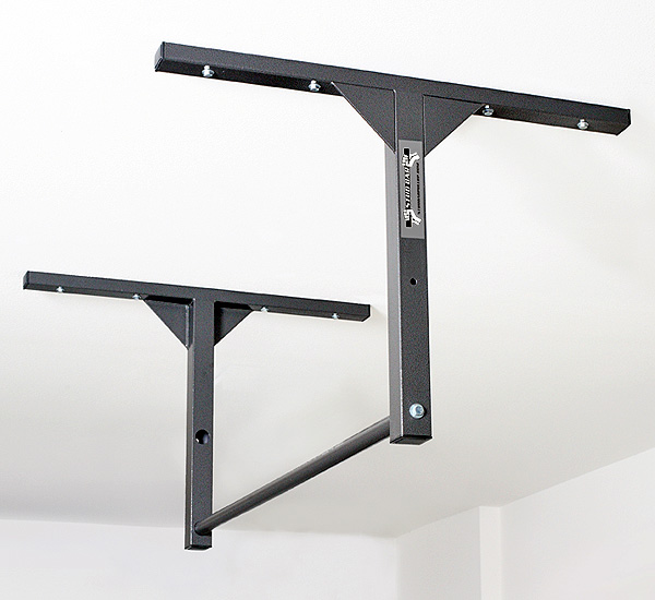 review of the stud bar: a superb wall or ceiling mounted pull-up